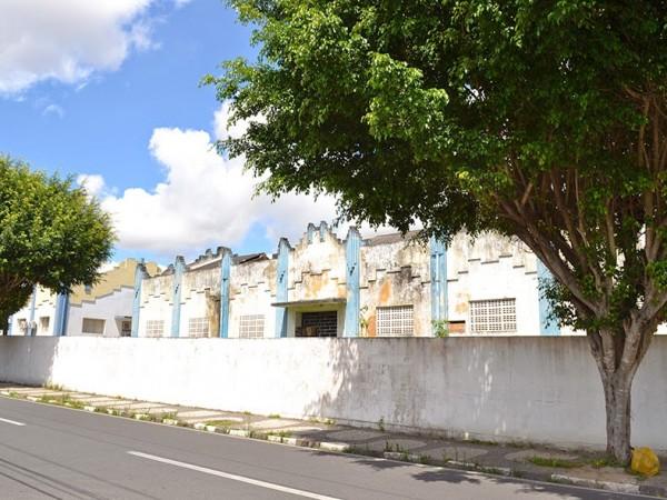 Polêmica a vista: Fundação pede tombamento de grande imóvel que o governo do estado quer vender em Feira de Santana