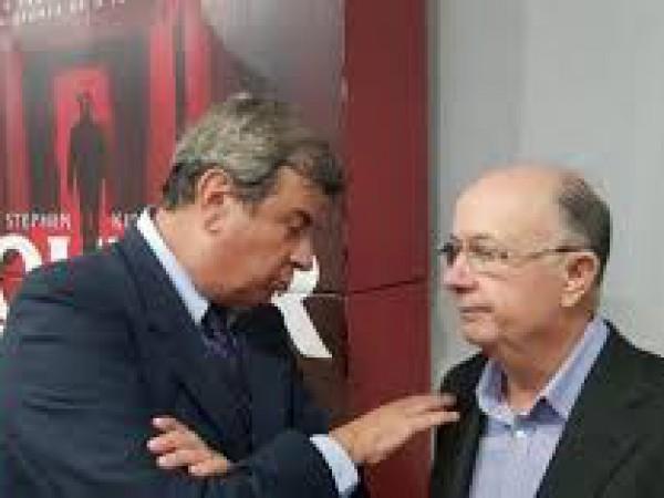 José Ronaldo e Colbert testam negativo para covid