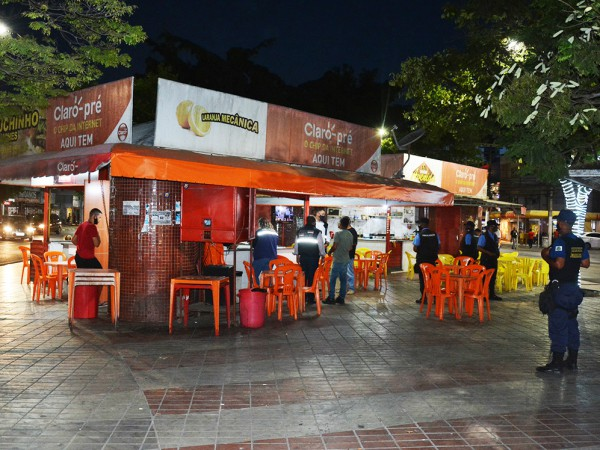 Bares e restaurantes em Feira só funcionam até 21h; Decreto publicado nesta quinta (24)