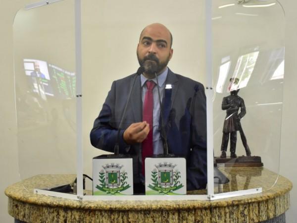 Chefe da Ascom e vereador testam positivo para covid-19 na Câmara de Feira