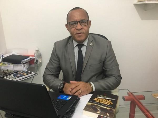 """Hércules Oliveira registra queixa na Polícia contra Fernando Torres; """"me ofereceu vantagens econômicas"""""""