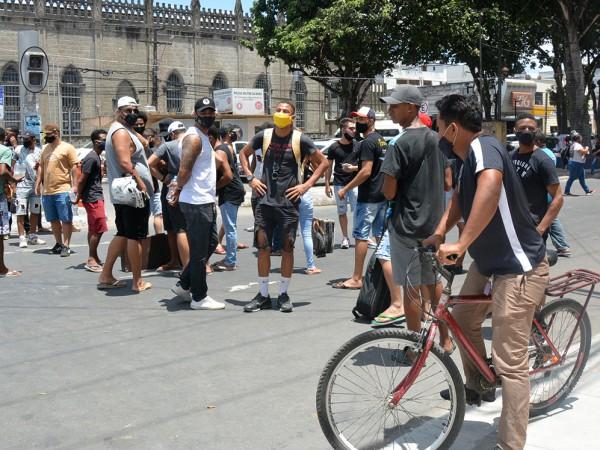 Prefeitura de Feira explica suspensão de música ao vivo em bares e restaurantes
