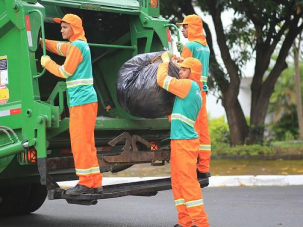 Coleta de lixo em Feira garantida com contrato emergencial; medida tem amparo legal