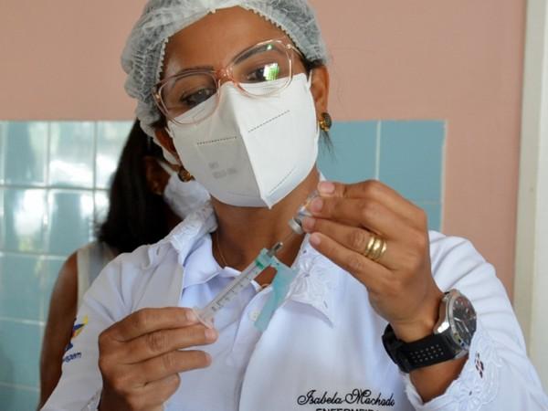 Mais de 32 mil feirenses foram vacinados contra covid-19