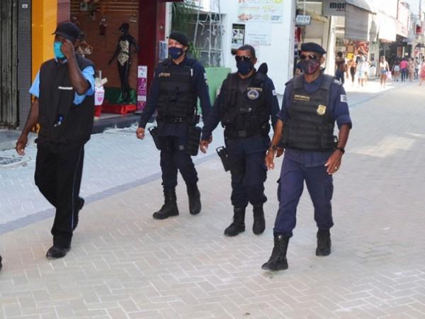 Após denúncia do Protagonista, fiscalização é reforçada na rua Sales Barbosa