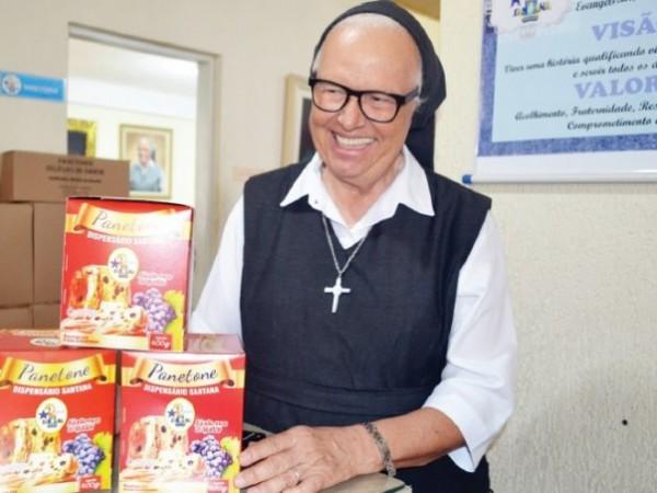 Dispensário Santana inicia fabricação e venda de panetones para pagar despesas