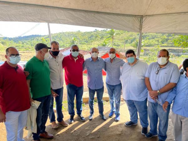 ACM Neto, José Ronaldo e Paulo Souto visitam Ipiaú e Ibirataia