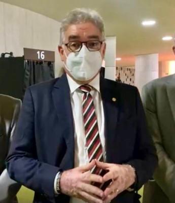 Zé Neto anuncia emenda de R$ 1 milhão para estruturação da Universidade Federal em Feira