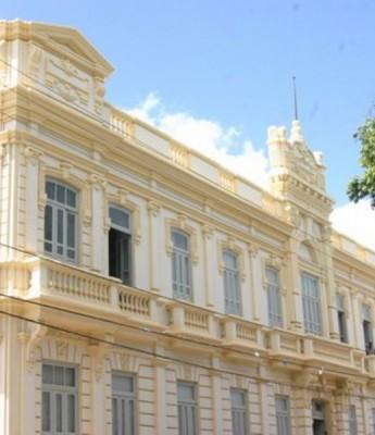 Prefeitura libera pagamento de férias de professores