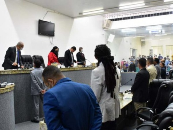 Evento da comunidade negra causa o maior bafafá na Câmara Municipal de Feira
