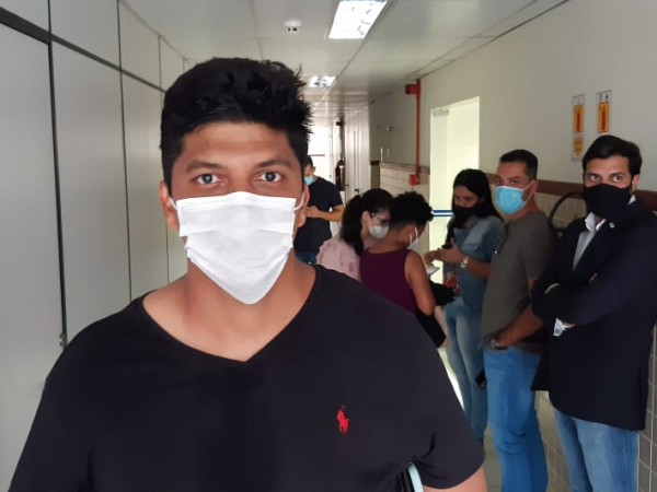 Prefeito de São Gonçalo é detido pela PM e levado ao Complexo Policial  em Feira de Santana