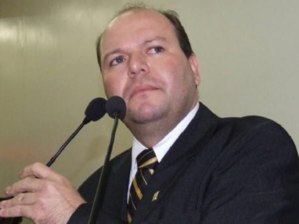 Surpresa: Fábio Lucena deixa a direção geral da Câmara de Vereadores